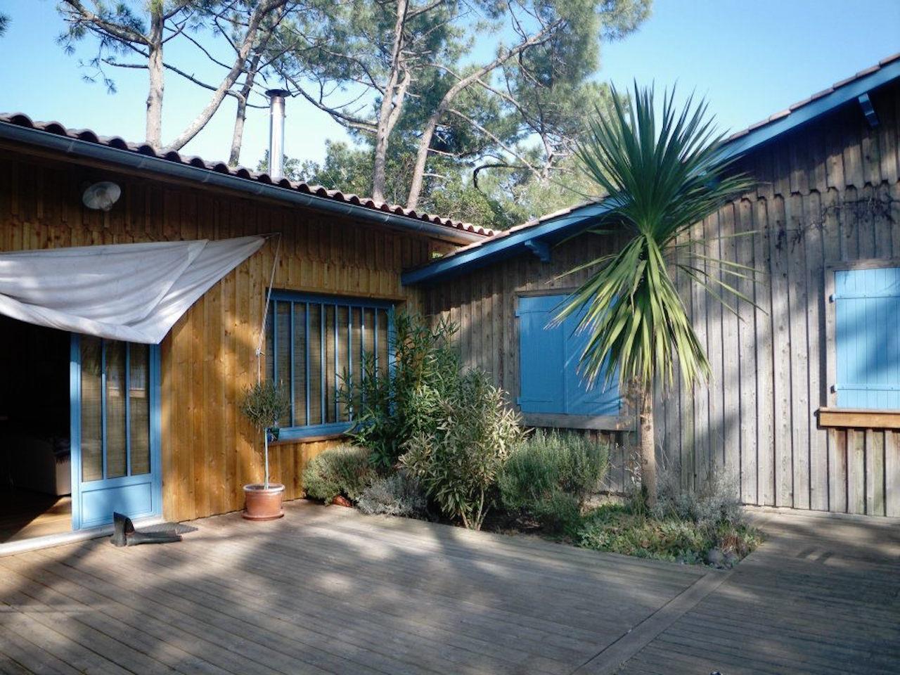 Jonction de l agrandissement en bois sanitoit for Agrandissement maison en bois tarif