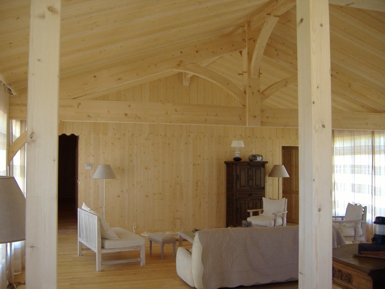 Cr ation d une maison bois dans les landes sanitoit for Mur interieur en volige